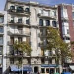 Spanish Apartment Building — Stock Photo