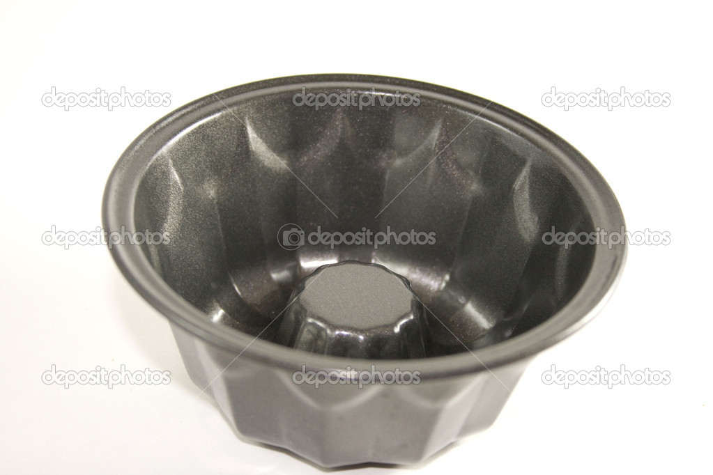 Bundt Cake Pan on White Background — Stock Photo #10687788