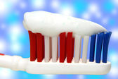 Toothbrush and toothpaste — Stockfoto