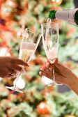 Bir şampanya dökme — Stok fotoğraf