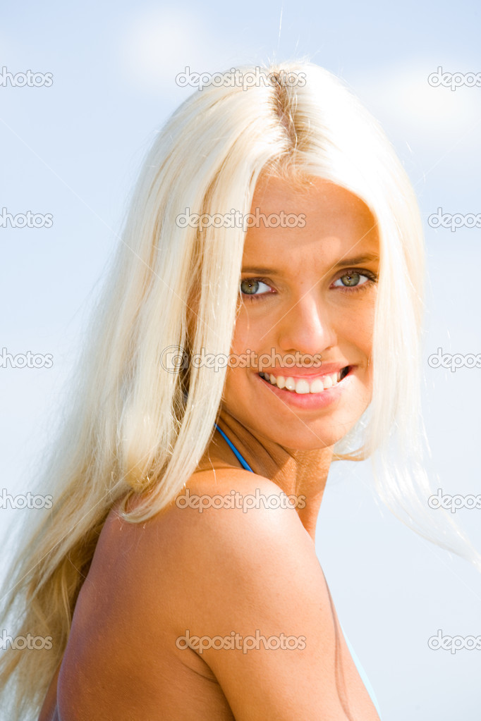 Photo of wonderful model with blonde hair and grey eyes — Stock Photo #10713046