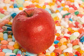 Apple und tabletten — Stockfoto