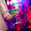 Holding cocktail - Foto Stock