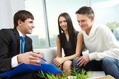 Explaining mortgage conditions — Foto de Stock