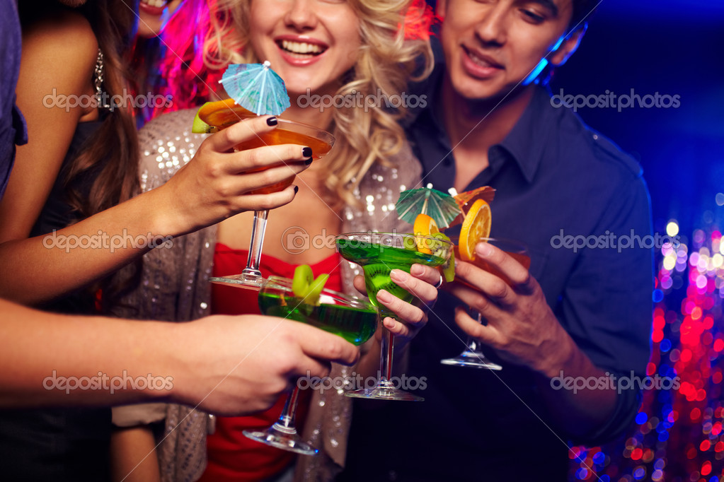 Young spending time in nightclub celebrating an event — Stock Photo #10734013