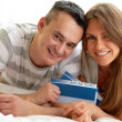 Couple with tickets — Stock Photo