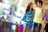 Einkaufen in vollem gange — Stockfoto