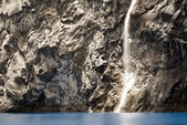 Wodospad w laguna 69. peru — Zdjęcie stockowe