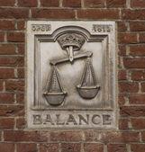 Egyensúly falfestmény
