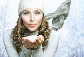 Karácsonyi lány. Télen nő Blowing hó