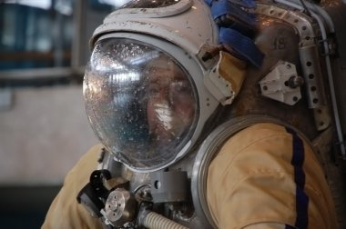 US Astronaut Michael Barratt After Training In The Russian Hydro