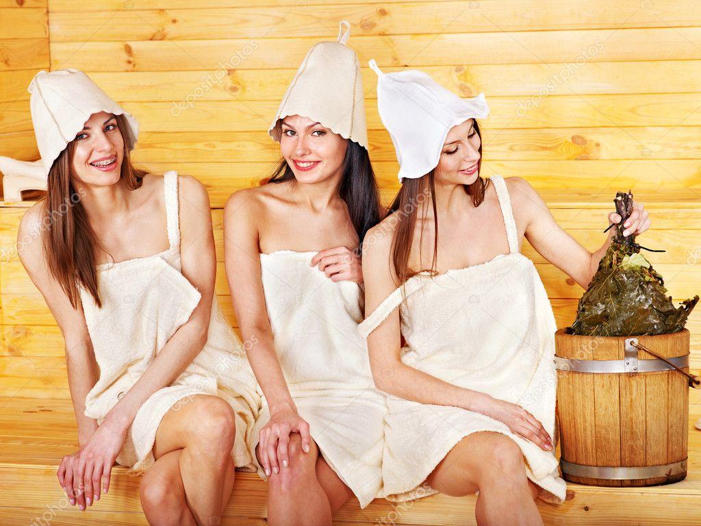 ваш взгляд, девушки тусят в бане кроме
