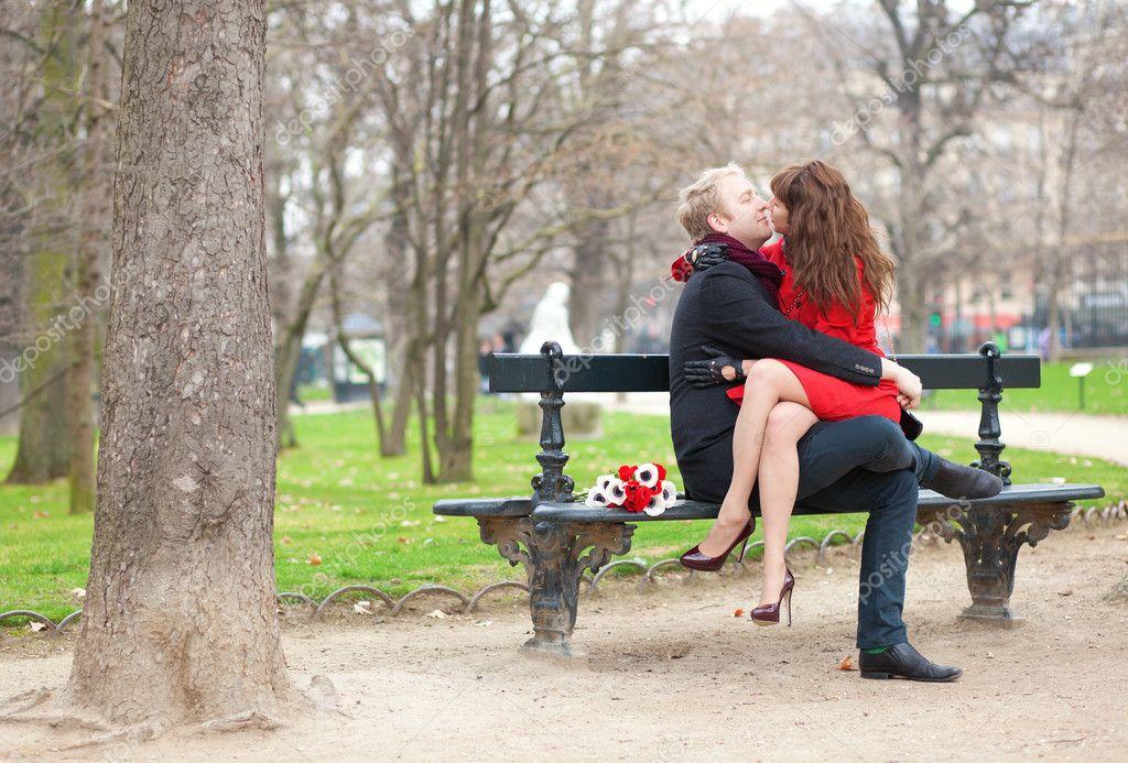 поднимется, секс в парк с девушкой возлюбленной возбуждающие