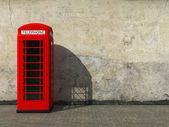 klassische rote Telefonzelle