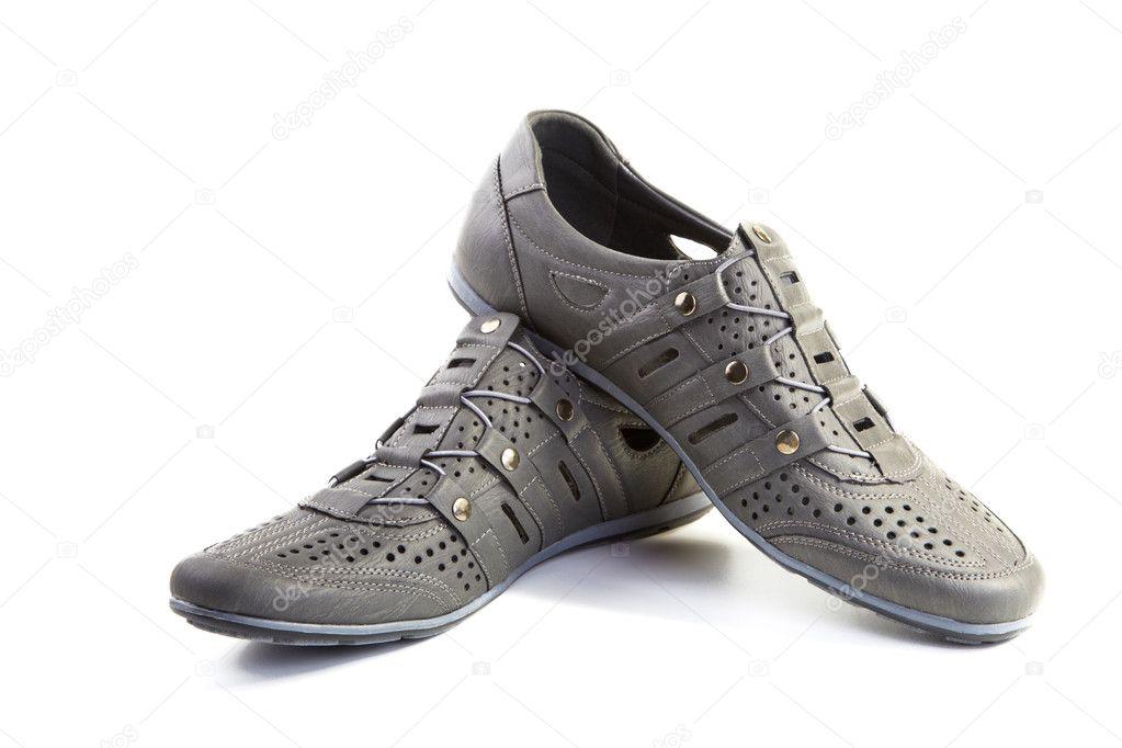 05a2fbc8313 Ζεύγη Ανδρικά παπούτσια καλοκαιρινά απομονωθεί σε λευκό φόντο — Εικόνα από  ...