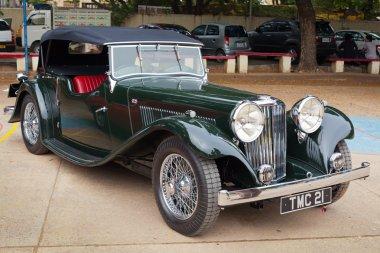CHENNAI - INDIA - JULY 24: Jaguar SS (retro vintage car) on Heri