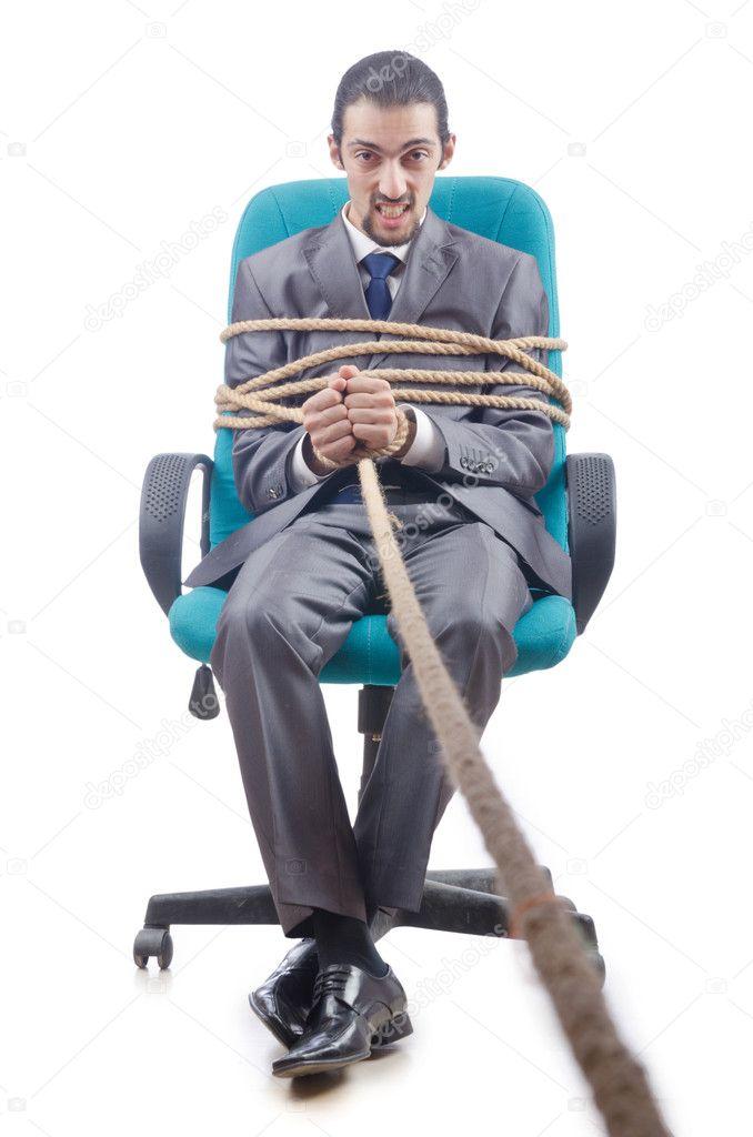 них фото привязанных парней к креслу делают вакуумные