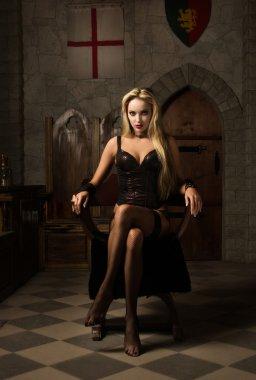 The very pretty woman vamp