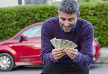 Making Money Selling Cars