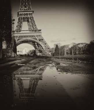 Black and White view of Eiffel Tower in Paris