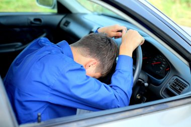 Fall asleep in a car