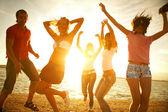 festa sulla spiaggia