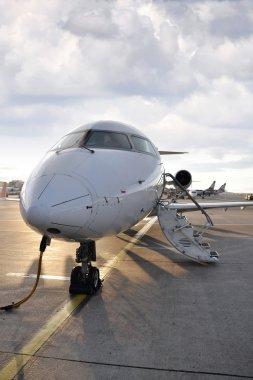 Airplane charging