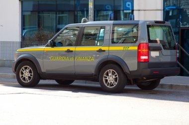 Guardia di finanza car