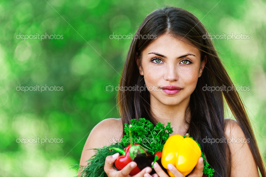 Girl with vegetarian set