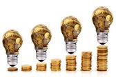 tradiční sklo žárovka a energetických úspor