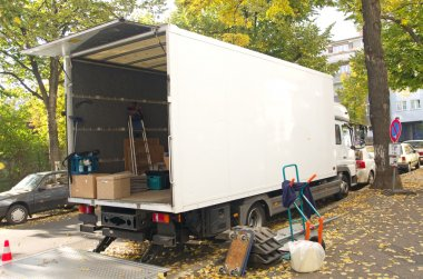 Relocation van