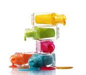 Fotografie Flaschen mit verschüttete Nagellack