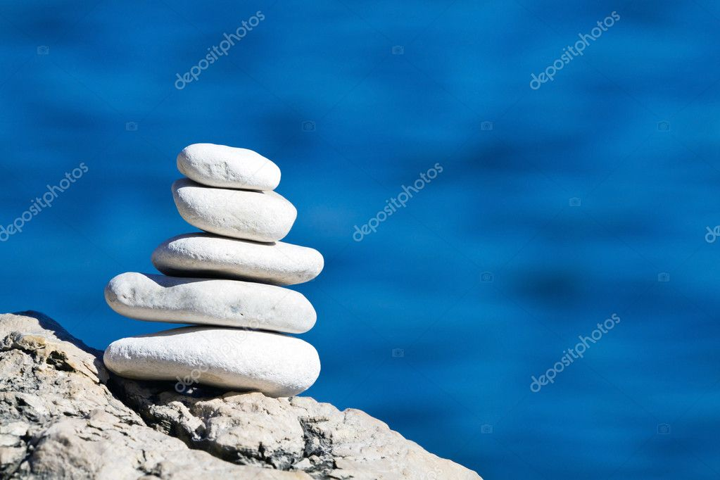 Pebbles stack balance