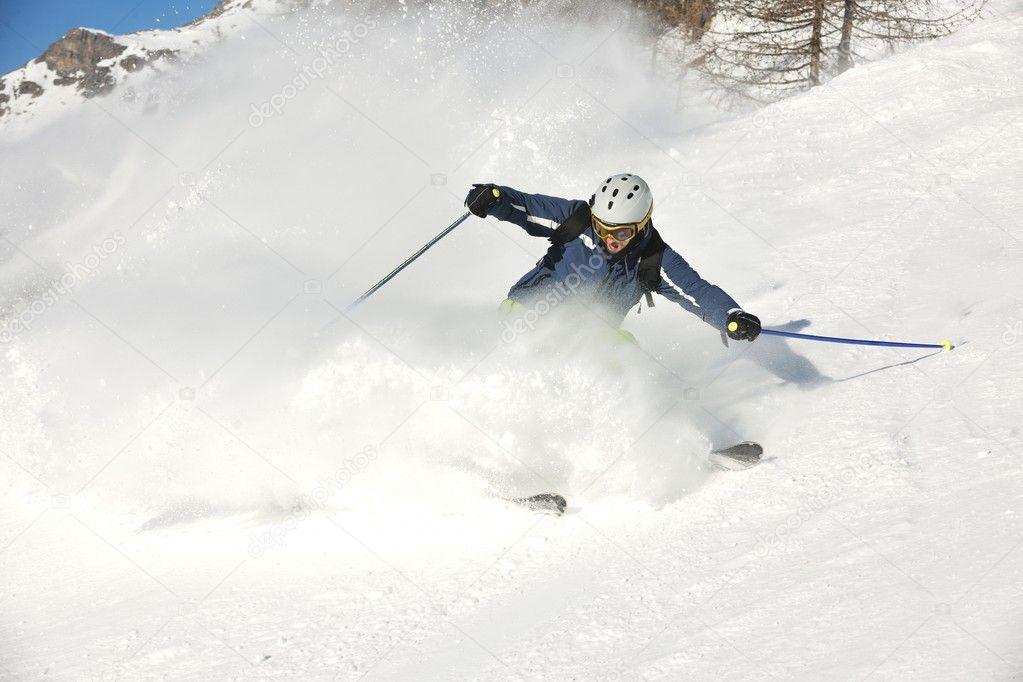 картинка горнолыжники на склонение последний