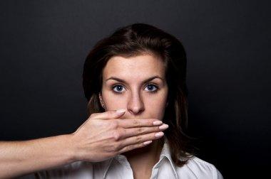 Woman can't speech