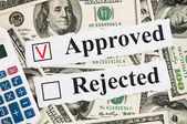 Concetto finanziario approvato o rifiutato