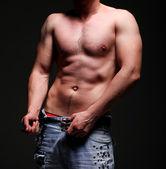 muscleman giovane bello