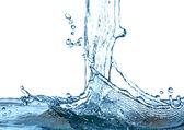 stříkající vodě