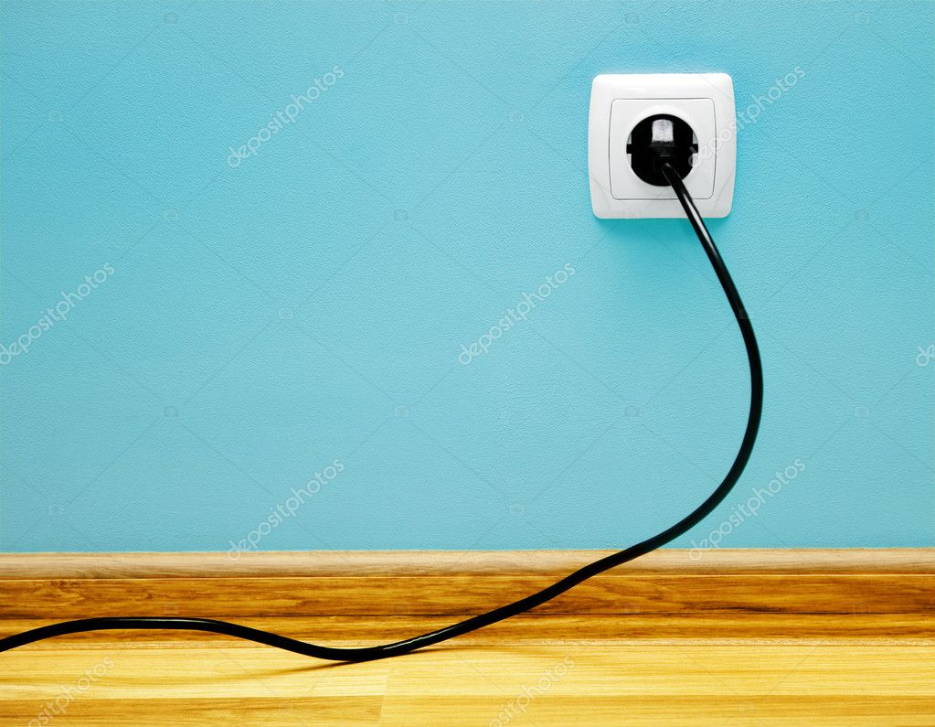 elektrische Kabel in die Buchse — Stockfoto © massonforstock #7983198