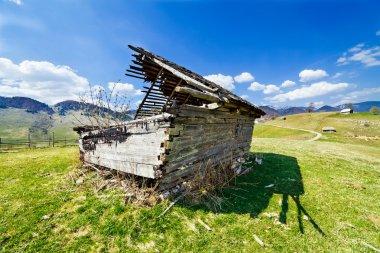Abandoned barn in ruins