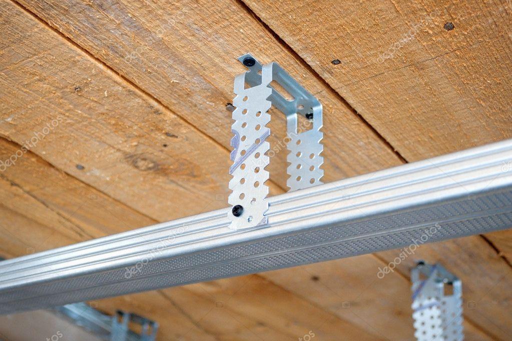metalen details voor een vals plafond stockfoto. Black Bedroom Furniture Sets. Home Design Ideas
