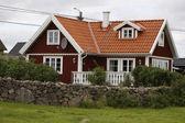 kuriózní bungalov