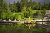 Fotografie schöne Brunnen in Schloss Linderhof, Deutschland