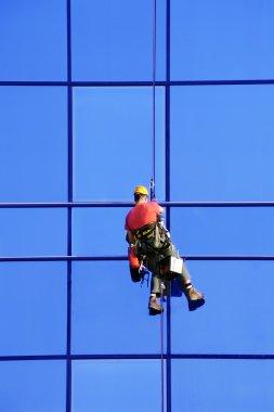 Washer wash the windows, high risk work