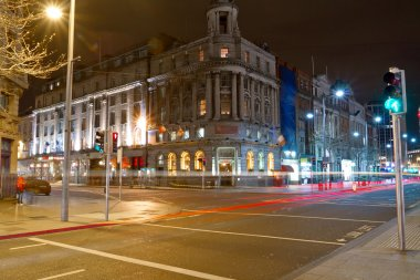 O'Connell street in Dublin at night