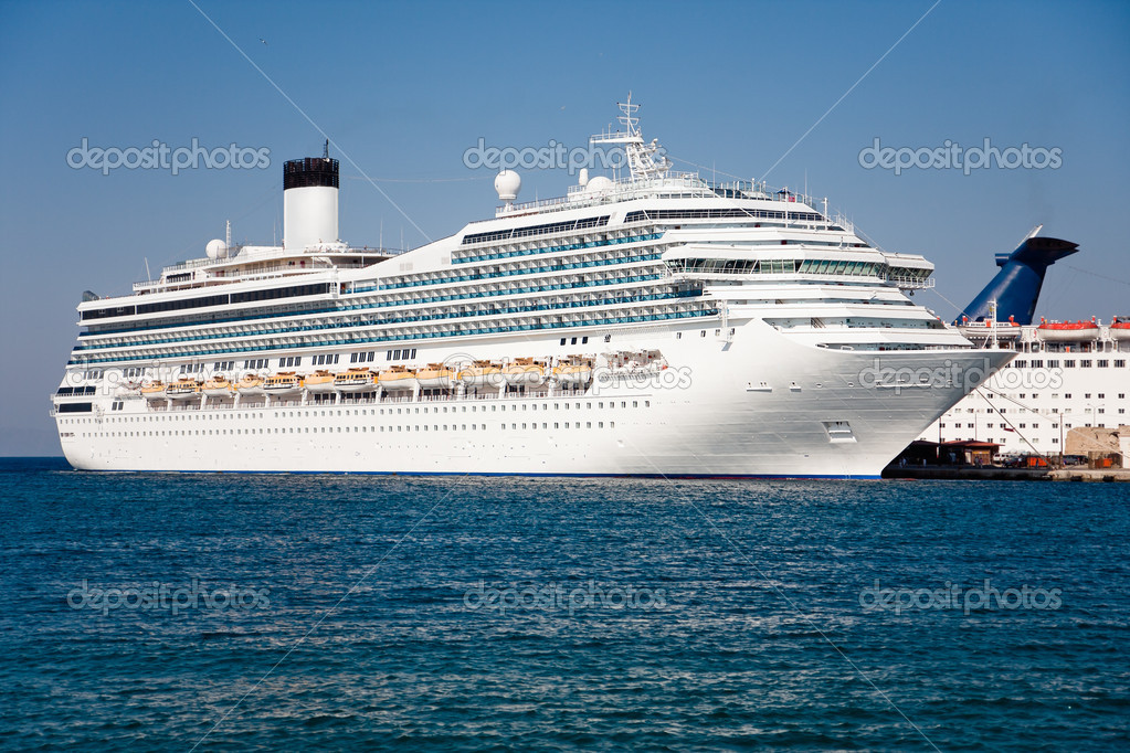 Passenger Cruise Ship  Stock Photo  Plrang 8720229