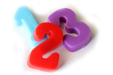 Number fridge magnets displaying 1 2 3