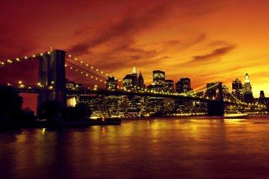 Brooklyn Bridge and Manhattan at sunset, New York