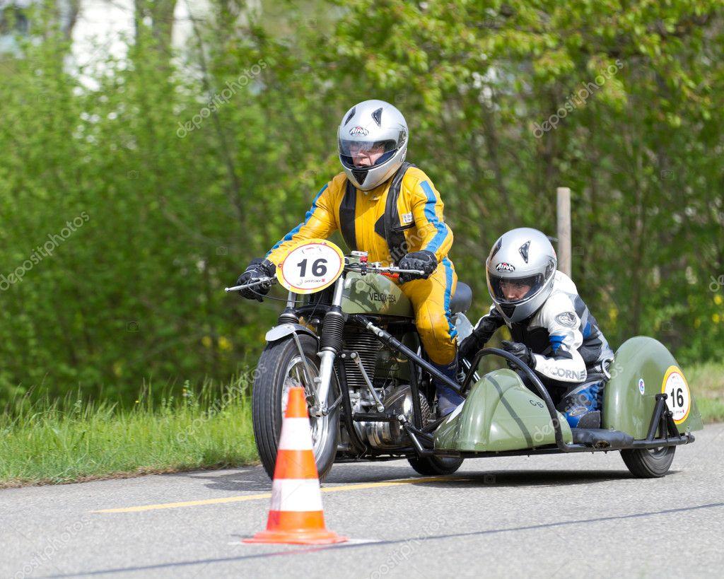 ビンテージ サイドカー バイク v...