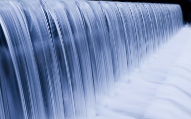 Water cascade streaming down a lasher